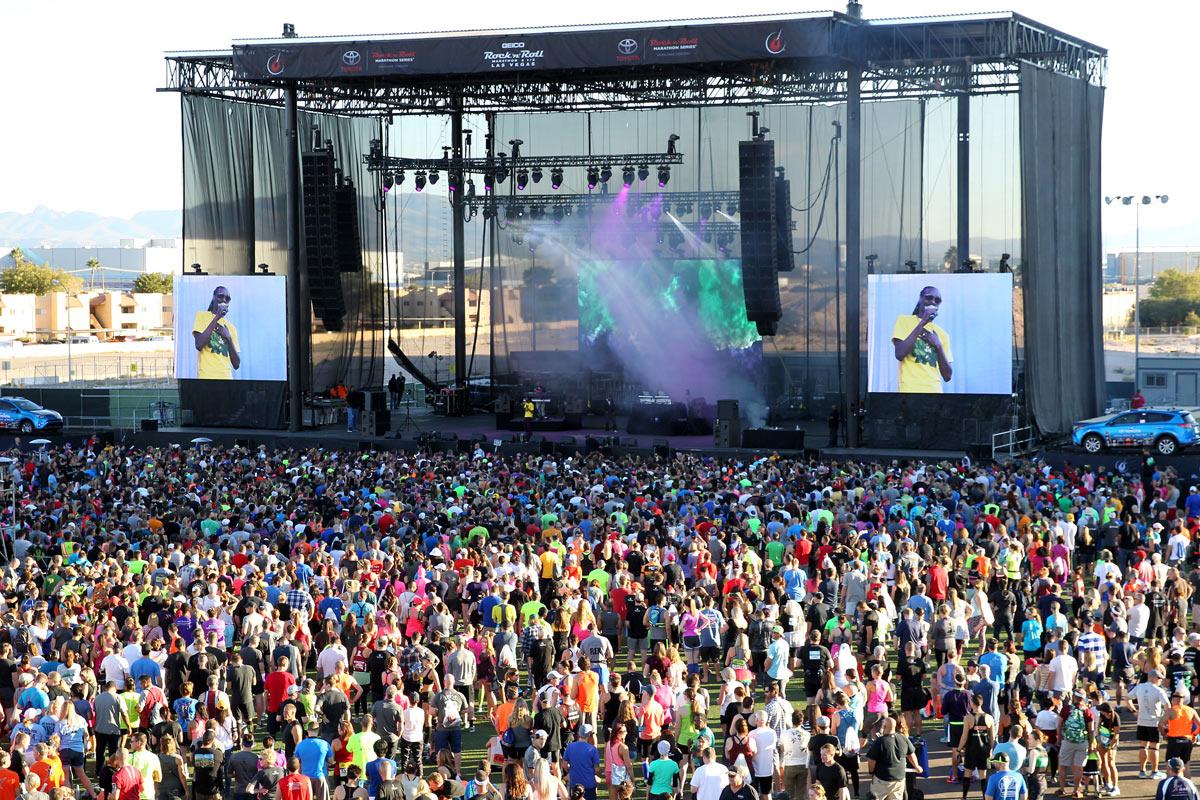 """La mega estrella Snoop Dogg fue el encargado de la """"entrada en calor"""" (foto: Andrew McClanahan/Rock 'n' Roll Marathon Series)"""