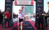 Kristian Blummenfelt, récord mundial 70.3 en Bahrein