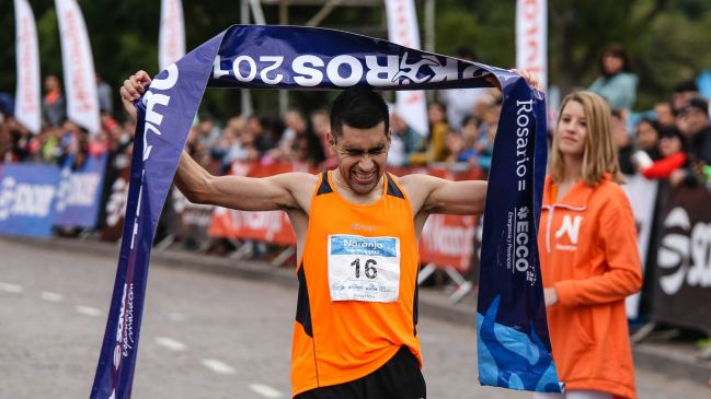 Lalo Ríos y su felicidad en la Maratón de la Bandera 2019