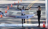 Evans Chebet se llevó por delante la Maratón de Buenos Aires