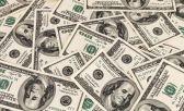 """Com dólar altoe a crise econômica """"asso"""