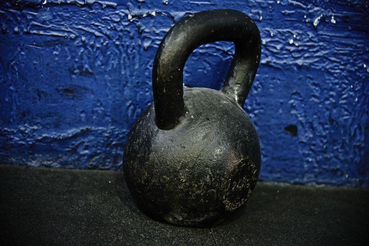 Kettlebell: trabalhe balanço, força e resistência; veja dicas