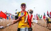 Durante uma ultramaratona de 250 km no desert