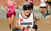 Senhora de 85 anos faz meia maratona em 2h12