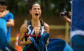 A triatleta Isabella Ribeiro, da equipe Speci