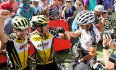 Schurter e Stirnemann comemoram título geral na Cape Epic