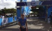 Momento da vitória de Juana Abdalla no triathlon feminino da Cup Series 2017. Foram cinco modalidades no total em Peruíbe