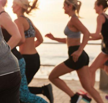 Estudo aponta que exercícios físicos de alta intensidade como a corrida podem te deixar mais jovem conforme o tempo passa.