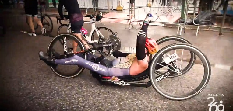 Diogo Ratachesky, triatleta e cadeirante, recém consagrado Ironman em Florianópolis, sonha alto com o Campeonato Mundial em Kona