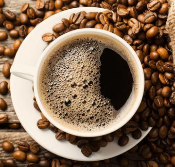 Efeito da cafeína na performance não se altera com o cafe de todo dia